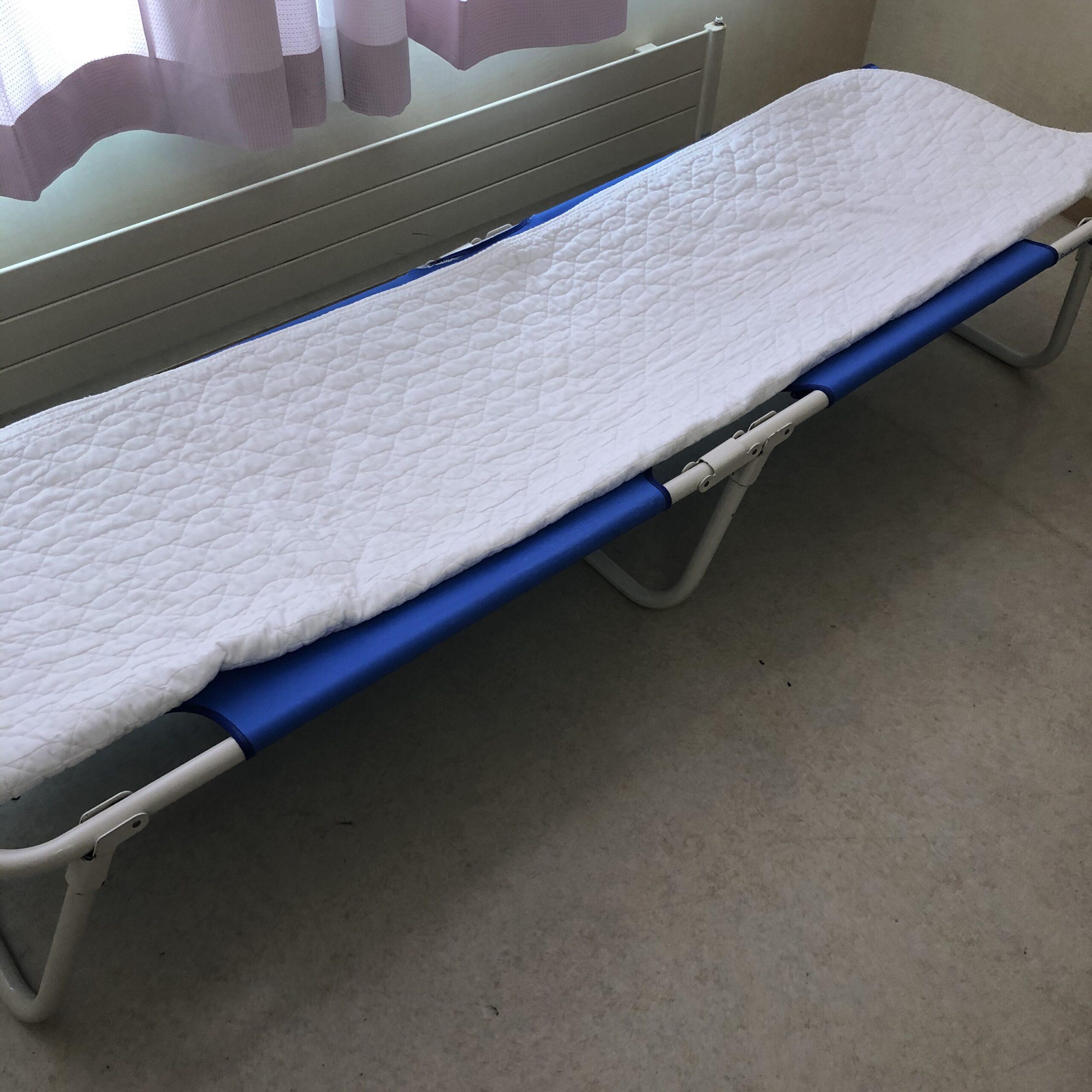 簡易ベッドのパット