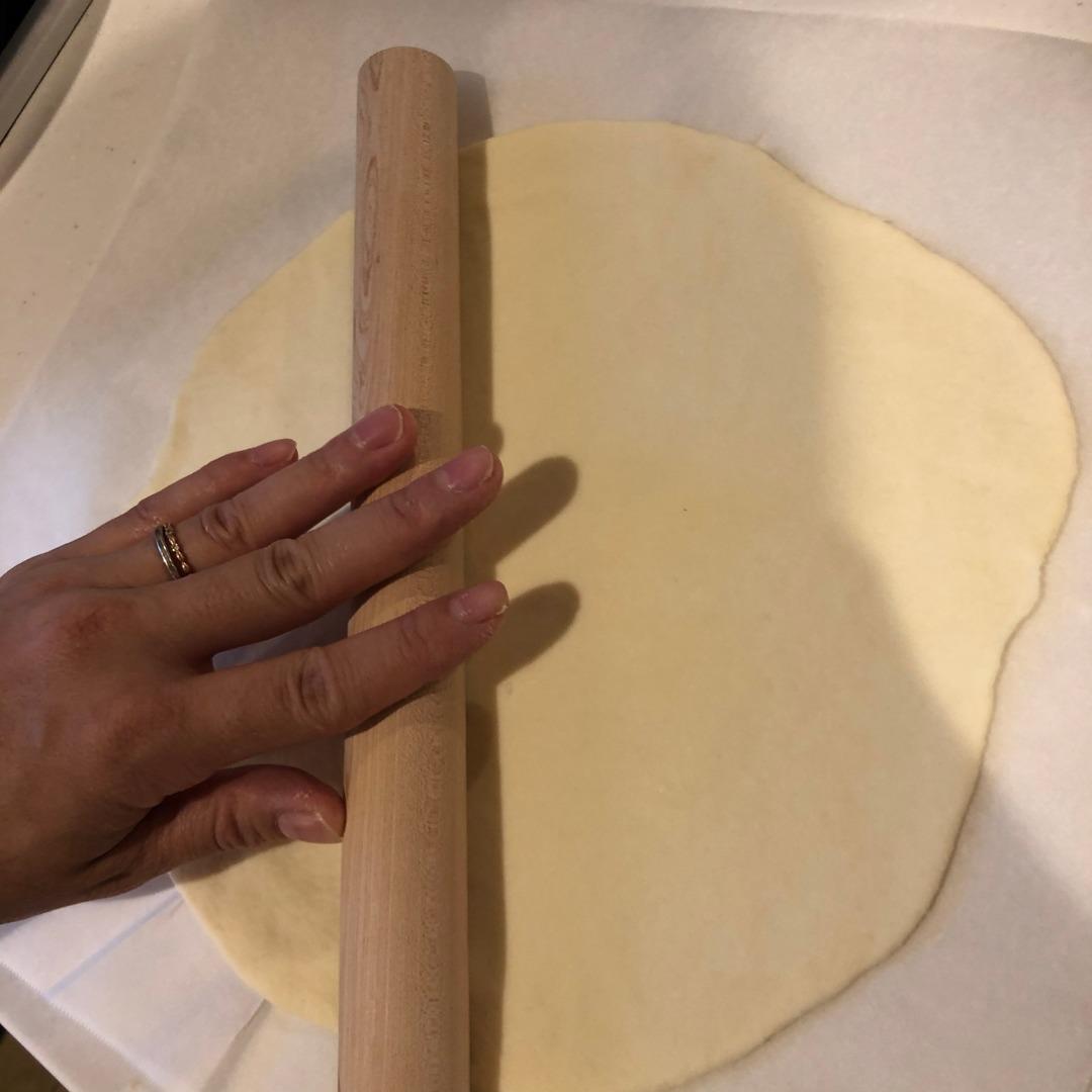 バジルの大量消費のピザ