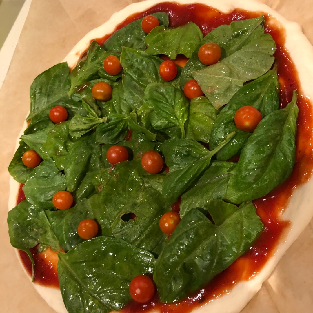 マイクロトマトのピザ