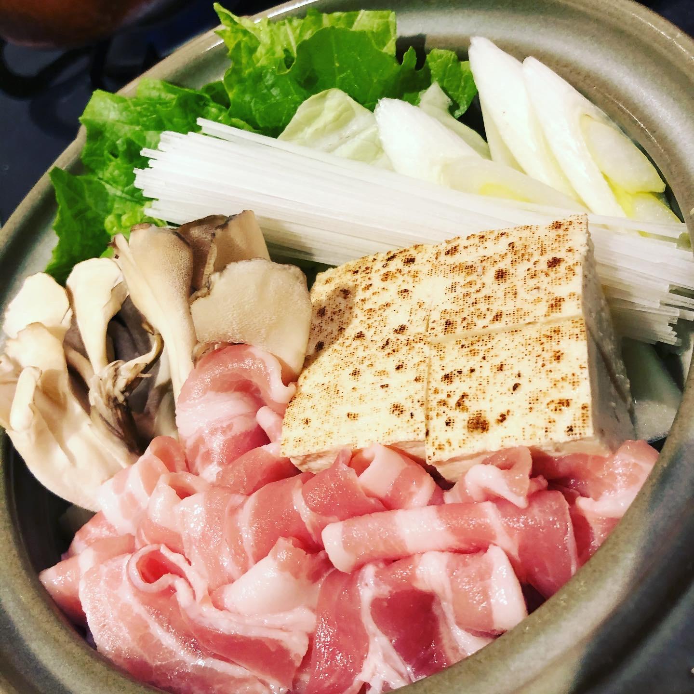 山東菜を鍋で食べる